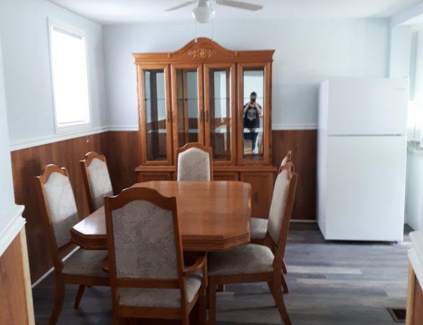 cottage-11-dining