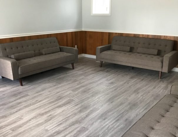 cottage-11-soffa