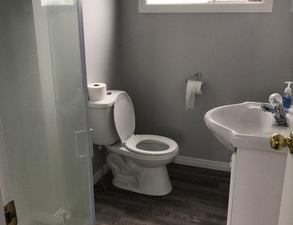 cottage3-washroom