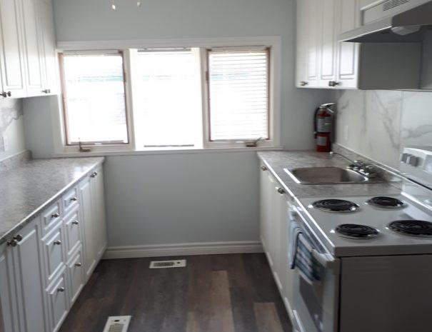 cottage9-kitchen